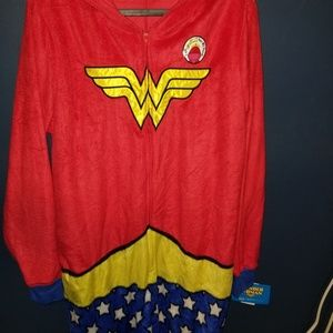 Long fuzzy pajamas wonder woman